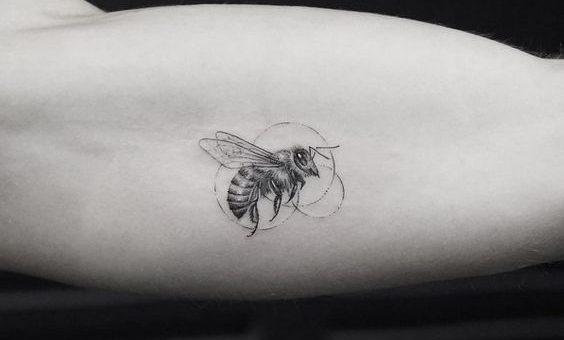 Különös tetoválási láz Manchesterben